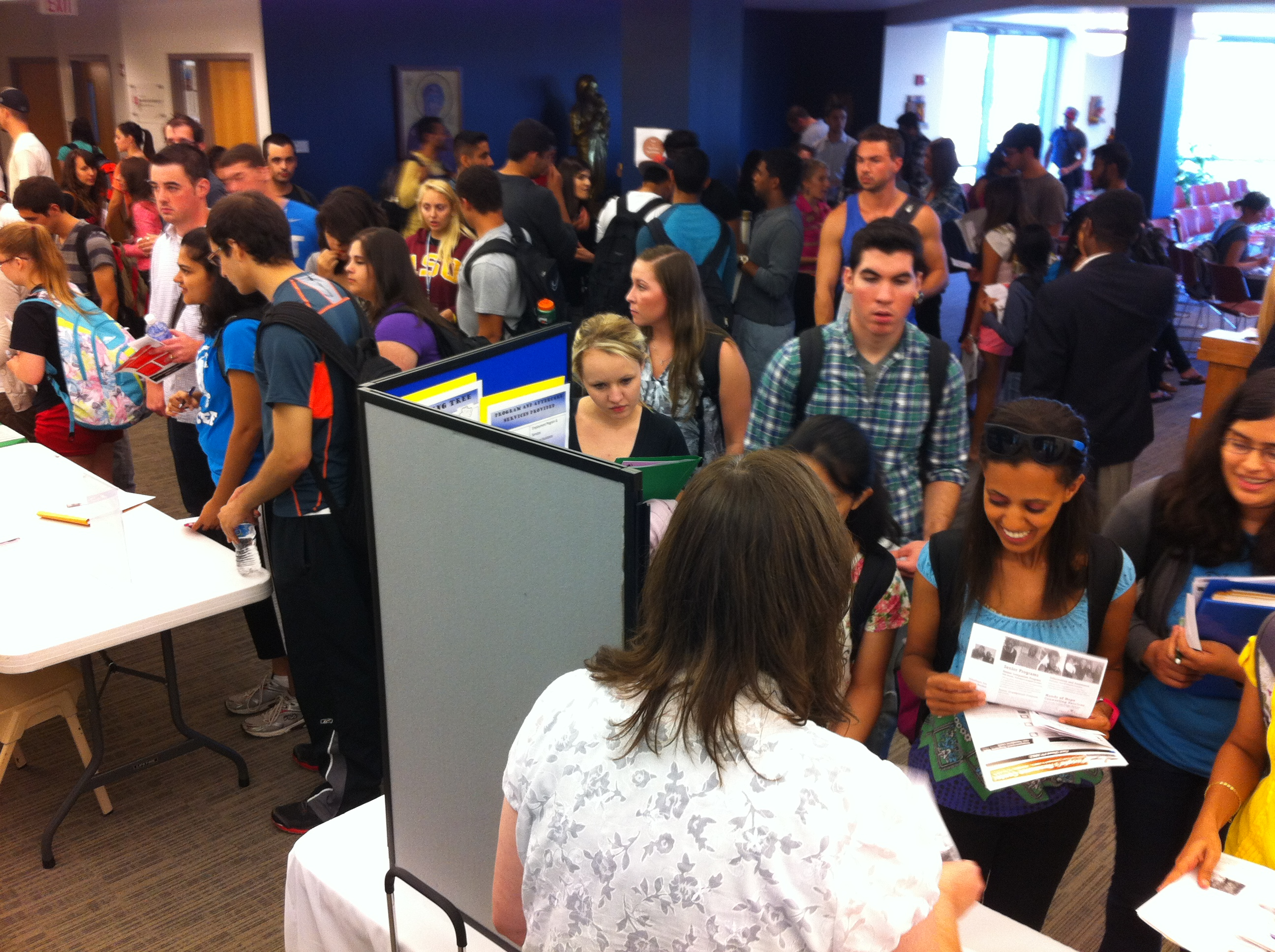 Campus ministry students gathering at sign up