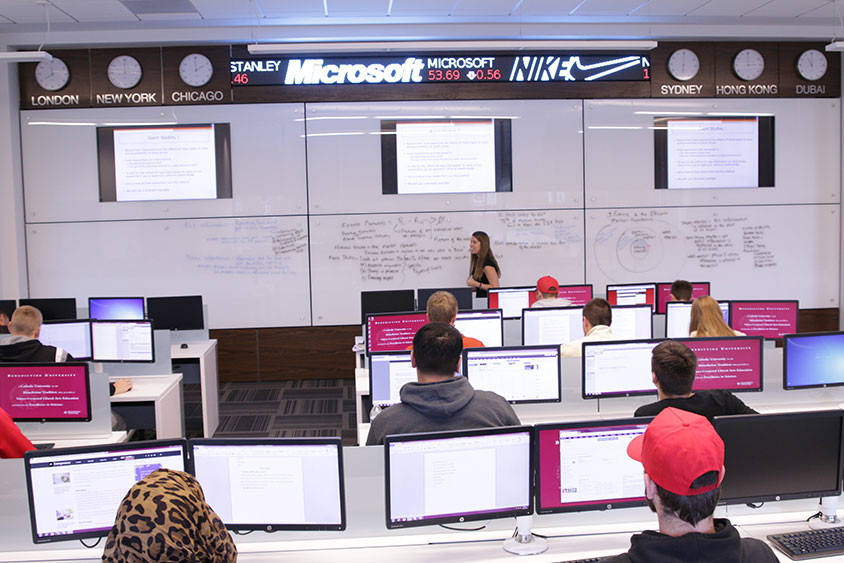 Bloomberg Trading Lab with Larissa Miller