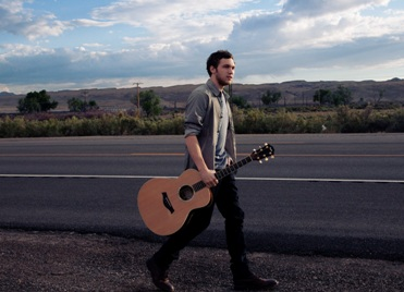 Phillip-Phillips-photo-12